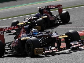 Jean-Eric-Vergne-and-Daniel-Ricciardo-Spa1 (445x333) (275x206)