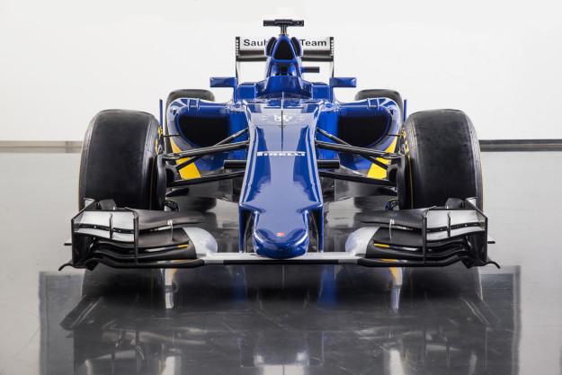 Sauber-2015frontalet