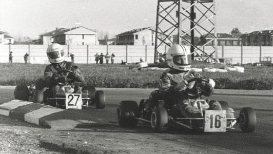 Ivan Capelli (27) alle spalle di Stefano Modena (16) - Parma